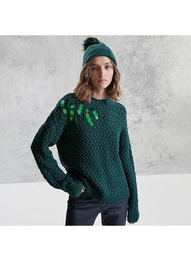 Yargıcı Omuz Detaylı Triko Yeşil